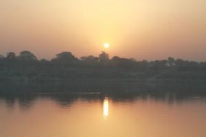 Alba sul Gange (6)